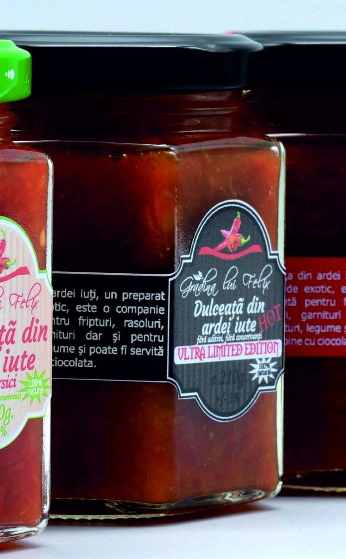 dulceata de ardei iute cu piersici si vanilie